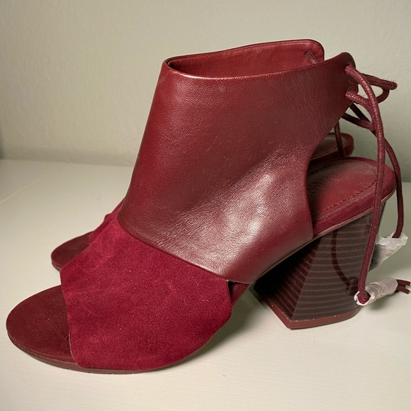 Kenneth Cole REACTION Reach The Stars Booties